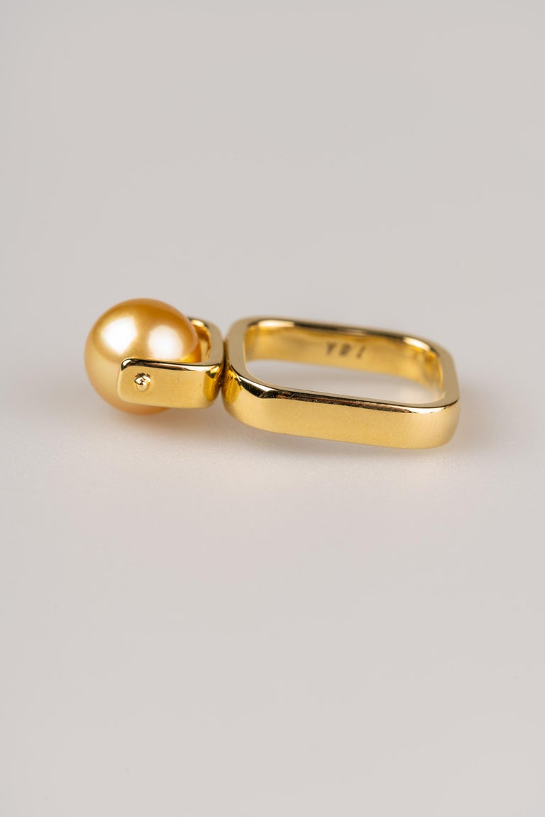 Contemporary South Sea Golden Pearl Ring For Sale