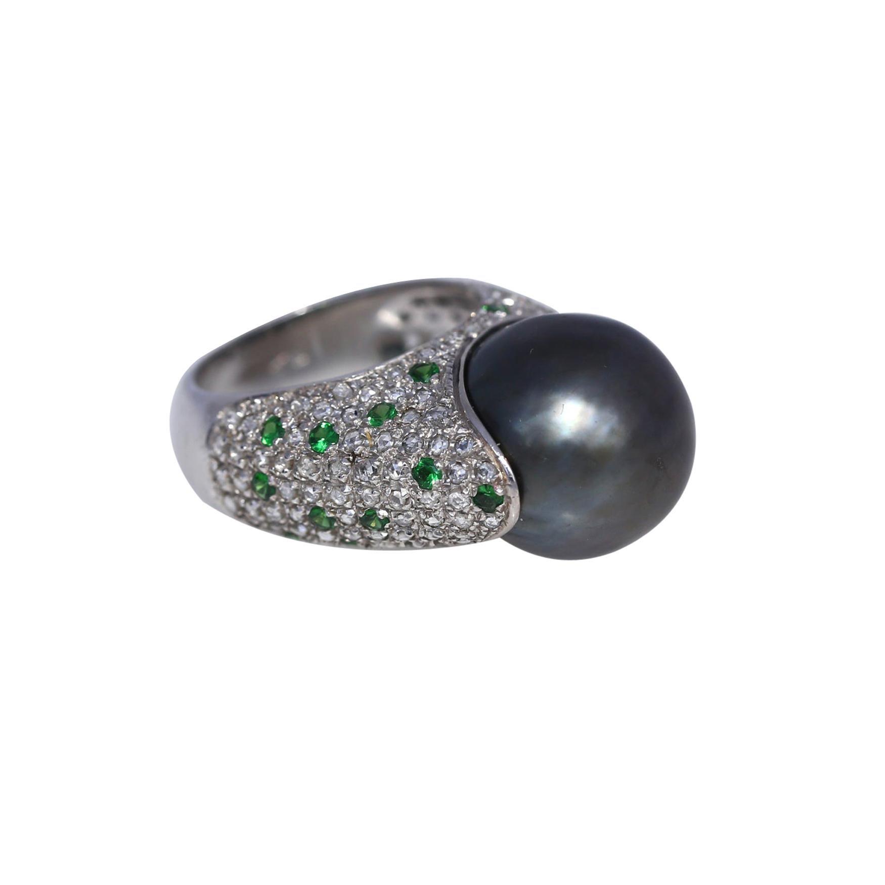 South Sea Metallic Grey Pearl Diamonds Emeralds Ring 18k White Gold, 1980