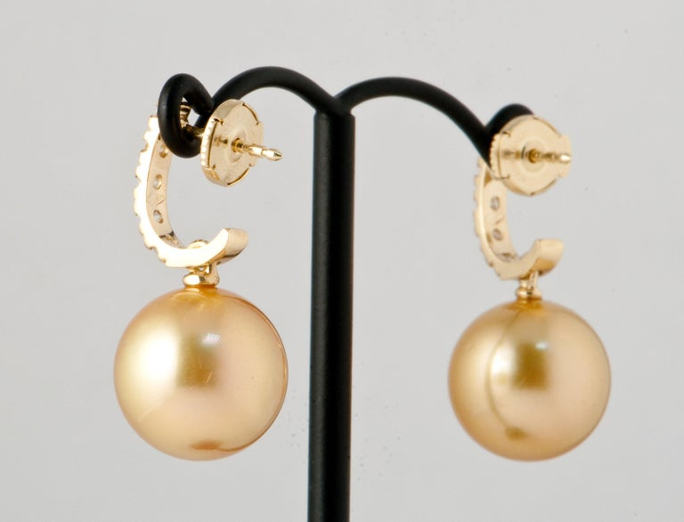 South Sea Pearl and White Diamonds on Yellow Gold 18 Karat Drop Earrings For Sale 1