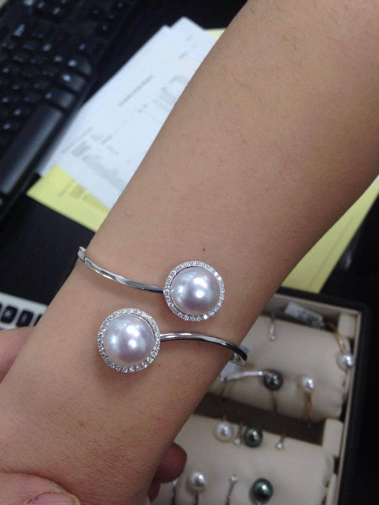 Women's South Sea Pearl Diamond Bypass Bangle Bracelet 0.51 Carats 18K White Gold  For Sale