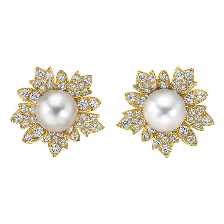 Brilliant Cut South Sea Pearl & Diamond Jewelry Suite For Sale