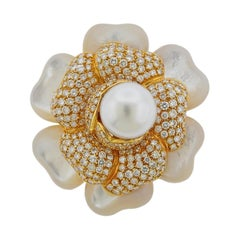 South Sea Pearl Diamond Mother of Pearl Gold Flower Brooch Pin