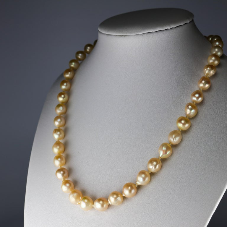 Modern South Sea Pearl Necklace, circa 1960s For Sale
