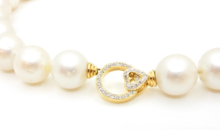 Round Cut South Sea Pearl Necklace with 18 Carat Yellow Gold and Diamond Clasp For Sale