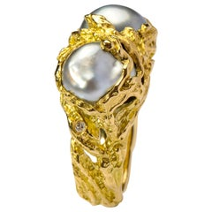 South Sea Pearl Ring in Gold with Diamonds Unisex