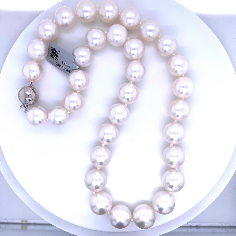 South Sea Pearl Stand Necklace 14 Karat White Gold For Sale 4
