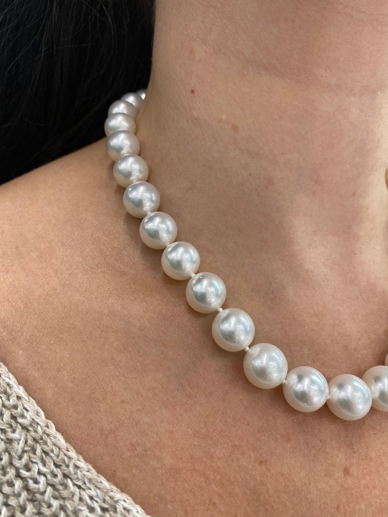 Contemporary South Sea Pearl Stand Necklace 14 Karat White Gold For Sale