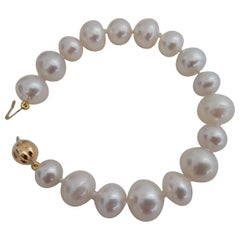South Sea Pearls and 18 Karat Gold Bracelet