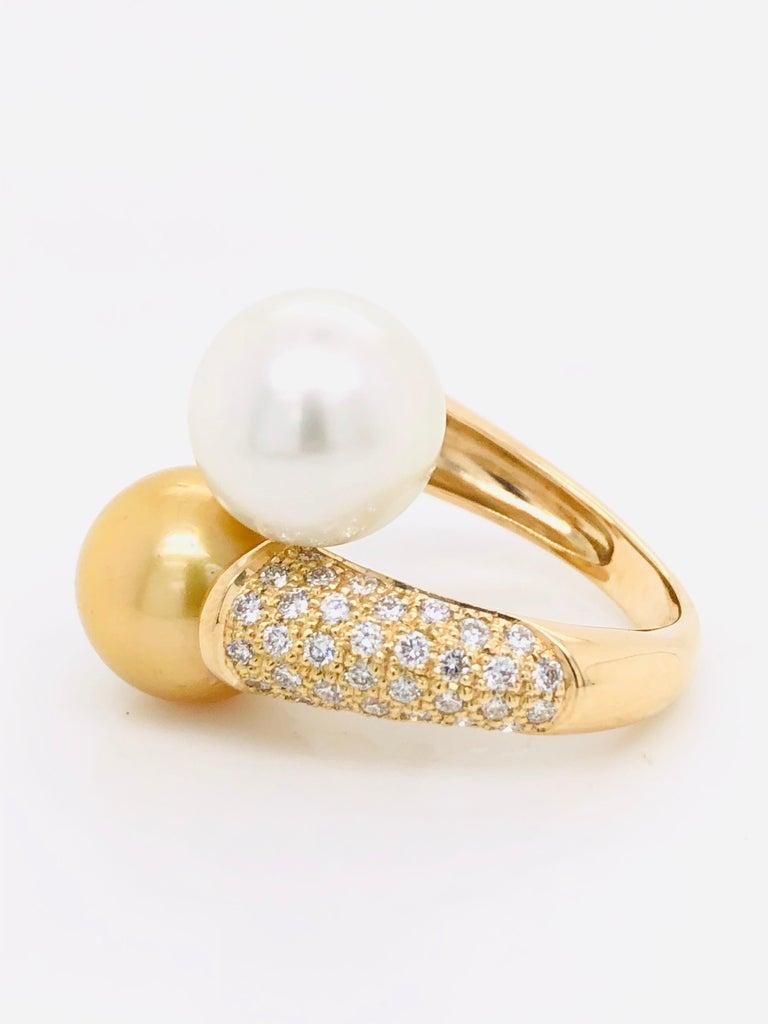 South Sea Pearls with White Diamonds on Gold 18 Carat Ring For Sale 2