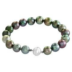 South Sea Tahitian Multicolored Pearl Bracelet with 18 Karat Clasp
