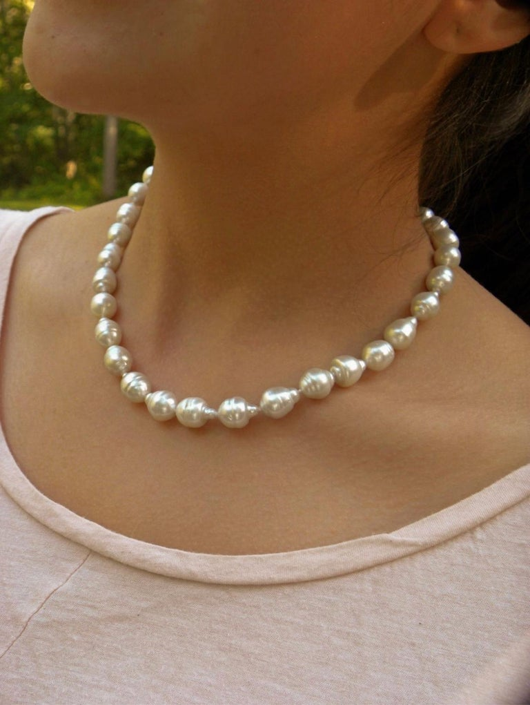 South Sea White Baroque Pearls Necklace For Sale 1