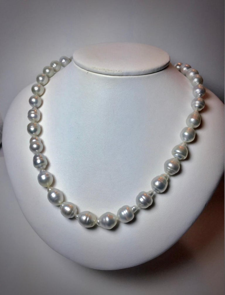 South Sea White Baroque Pearls Necklace For Sale 2