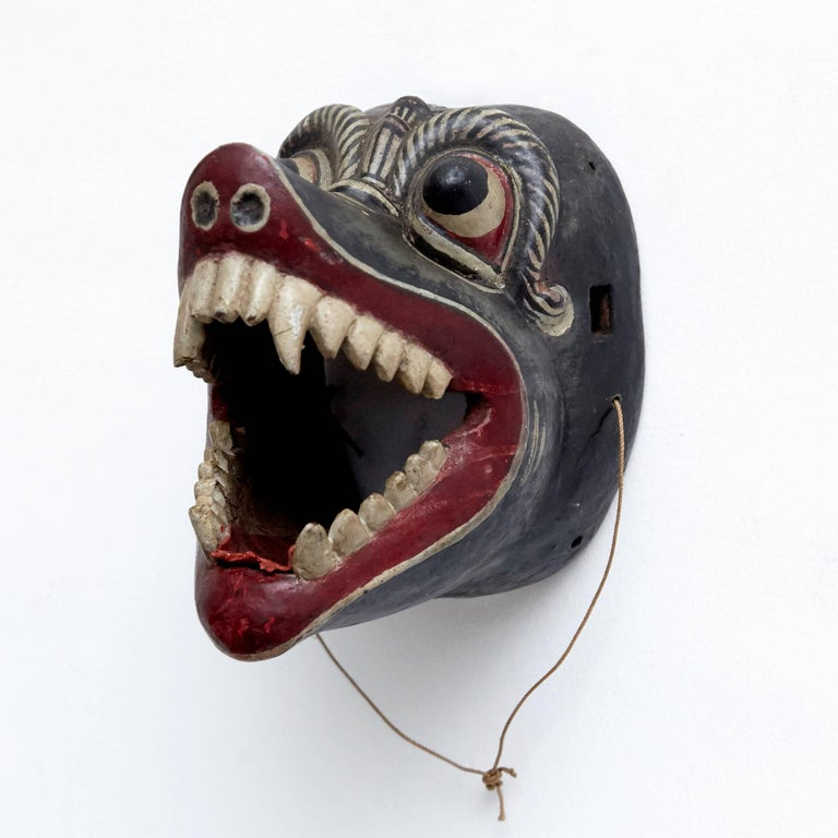 Primitive Southeast East of Asia Mask from the 20th Century For Sale