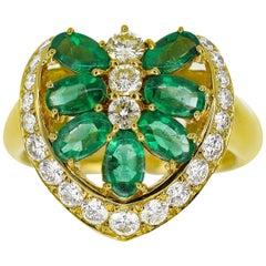 Southern Cross Emerald 1.81 Carat Diamond 0.80 Carat Ring 18 Karat Yellow Gold