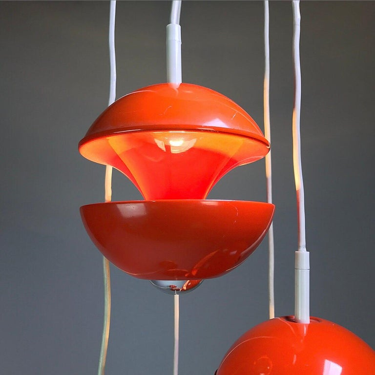 Mid-20th Century Space age chandelier by Klaus Hempel for Kaiser Leuchten, Germany 1972. For Sale