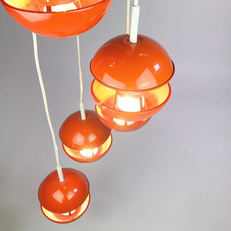 Space age chandelier by Klaus Hempel for Kaiser Leuchten, Germany 1972. For Sale 1