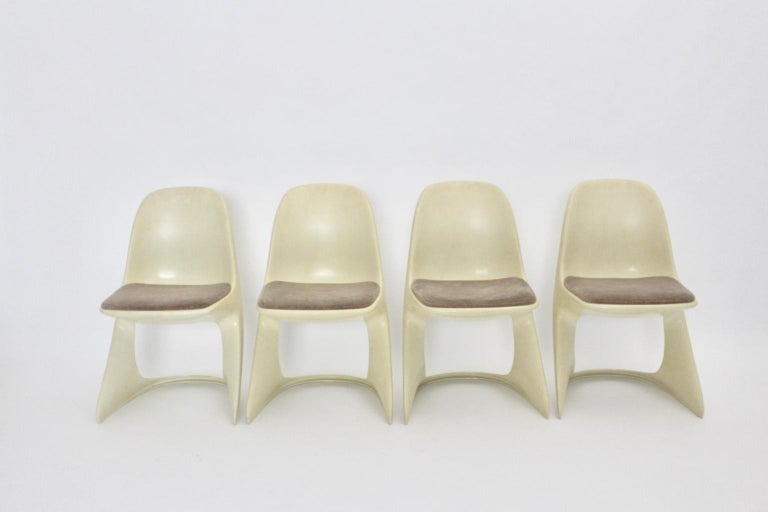 Fabric Space Age Four White Vintage Plastic Dining Chairs Alexander Begge, 1971 For Sale