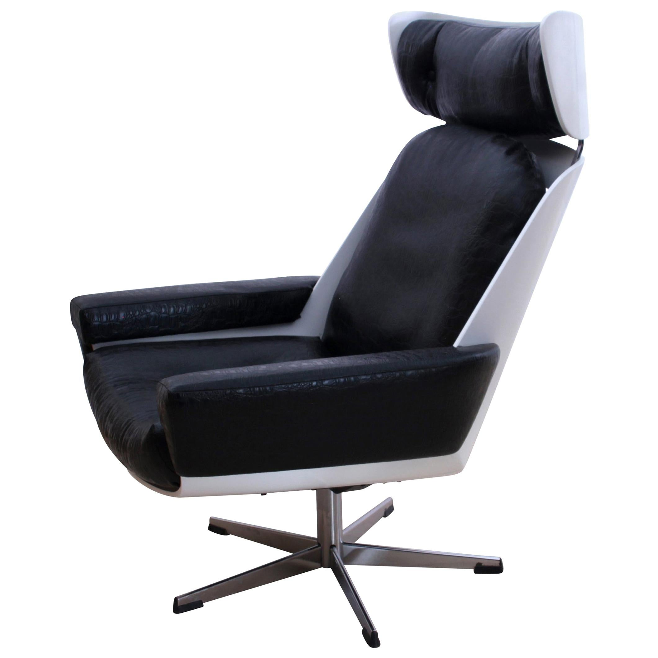 Space Age Lounge Chair, White Lacquer, Leather, Reptile Look, Germany, 1970s