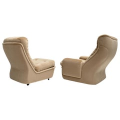 """Space Age Mohair """"Orchidée"""" Lounge Chairs Michel Cadestin, Airborne, France 1968"""