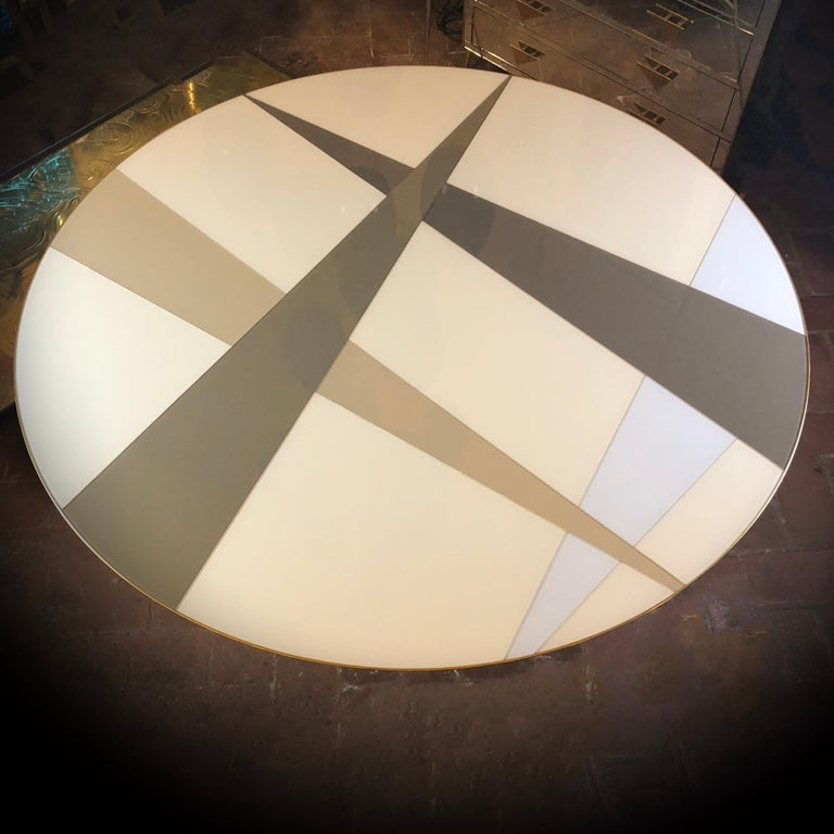 Space Age Round Table, Murano Glass Top and Aluminum, Brass and Wood Pedestal In Good Condition For Sale In Firenze, Tuscany