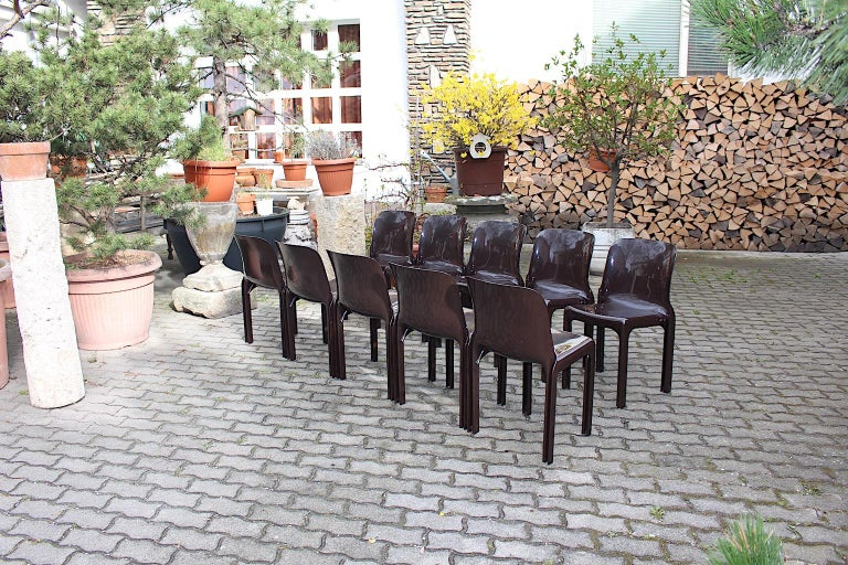 Space Age Set of Ten Vintage Brown Plastic Dining Chairs Vico Magistretti, Italy For Sale 5