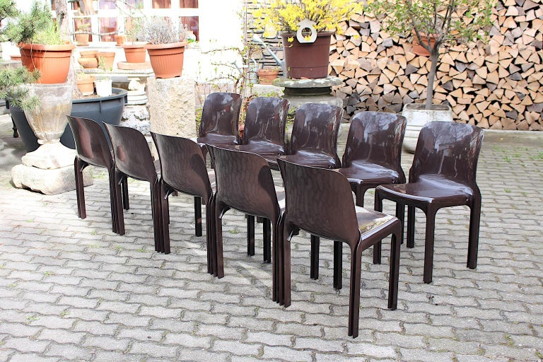 Space Age Set of Ten Vintage Brown Plastic Dining Chairs Vico Magistretti, Italy For Sale 6
