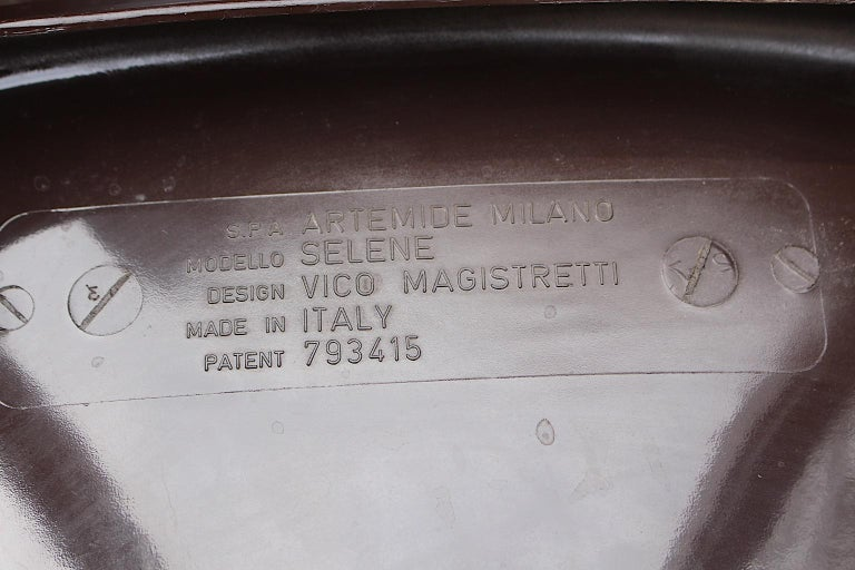 Space Age Set of Ten Vintage Brown Plastic Dining Chairs Vico Magistretti, Italy For Sale 7