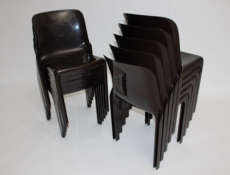 Space Age Set of Ten Vintage Brown Plastic Dining Chairs Vico Magistretti, Italy For Sale 10