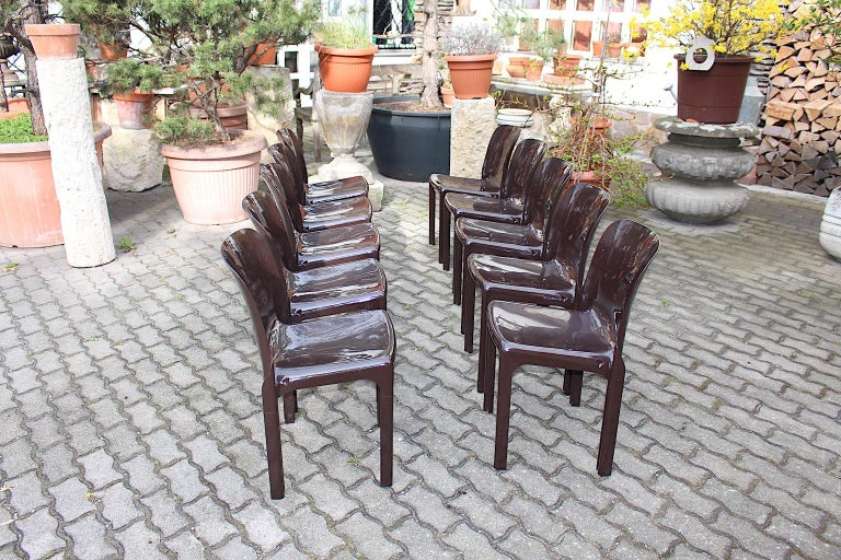 Space Age Set of Ten Vintage Brown Plastic Dining Chairs Vico Magistretti, Italy For Sale 4