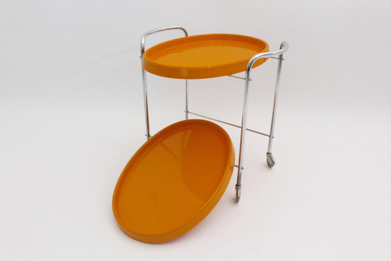 Space Age Vintage Orange Plastic Chromed Bar Cart, 1960s In Good Condition For Sale In Vienna, AT