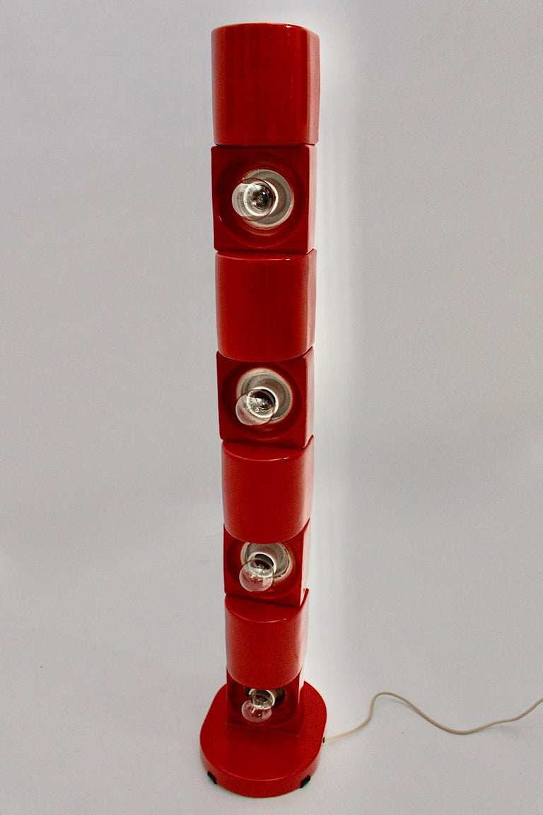 Space Age Vintage Red Ceramic Totem Floor Lamp, 1960s, Italy For Sale 13