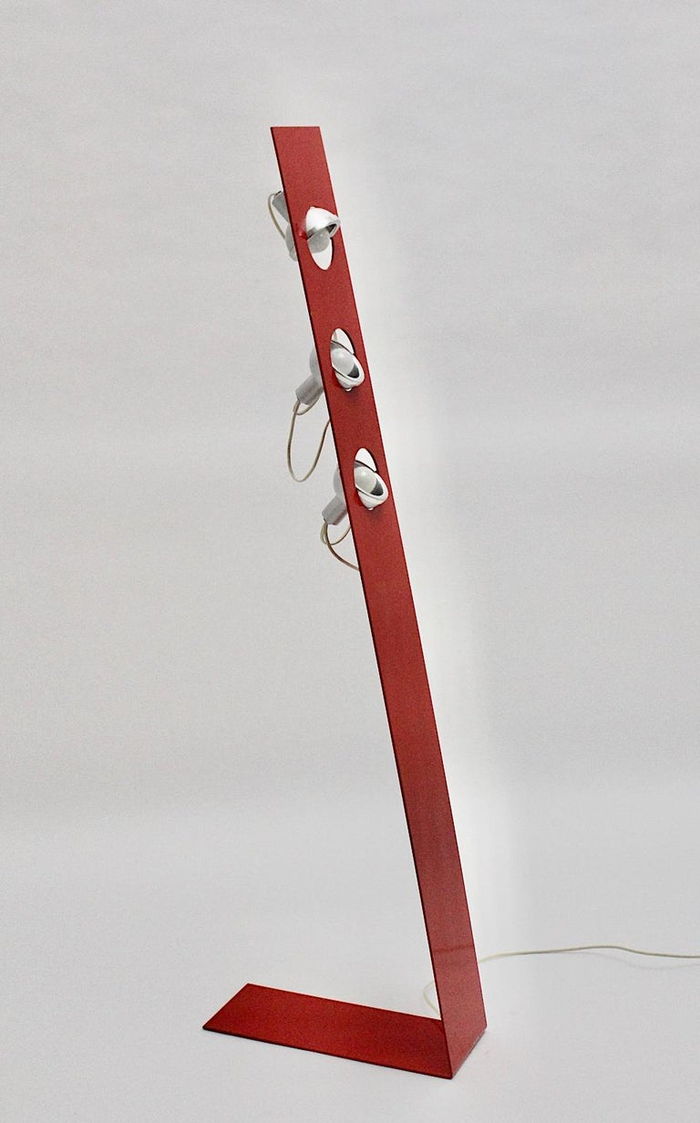 Space Age Vintage Red Metal Floor Lamp, Italy, 1960s For Sale 5