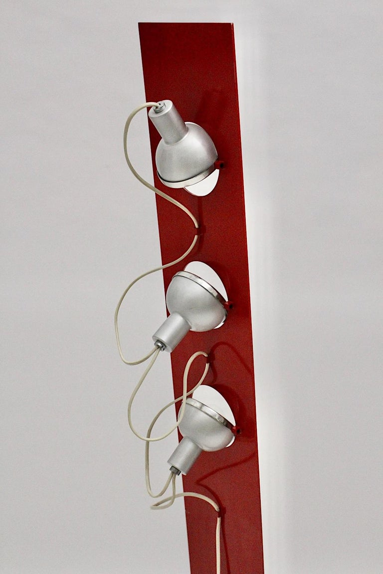 Space Age Vintage Red Metal Floor Lamp, Italy, 1960s For Sale 9
