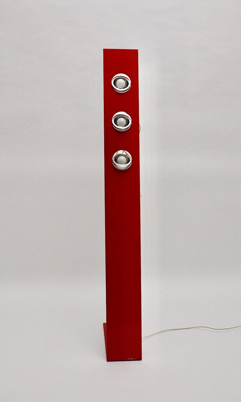 Space Age Vintage Red Metal Floor Lamp, Italy, 1960s For Sale 11