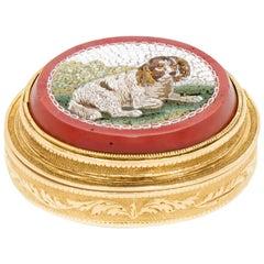 Spaniel Micro Mosaic Mounted on a Gold Vinaigrette, circa 1810s-1830s, France
