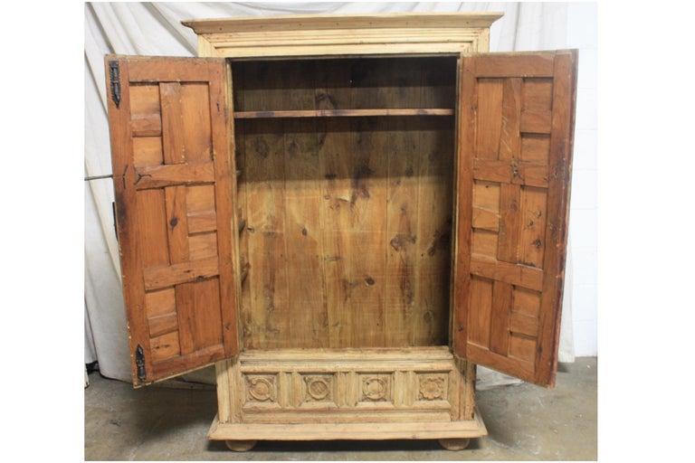Spanish 18th Century Small Wardrobe For Sale 4