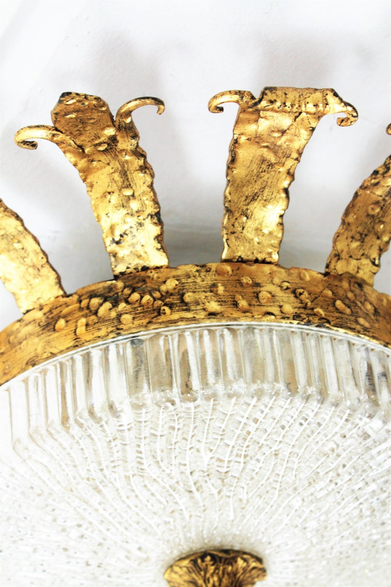 Spanish 1940s Neoclassical Gilt Iron Fluted Glass Flush Mount Ceiling Light For Sale 4