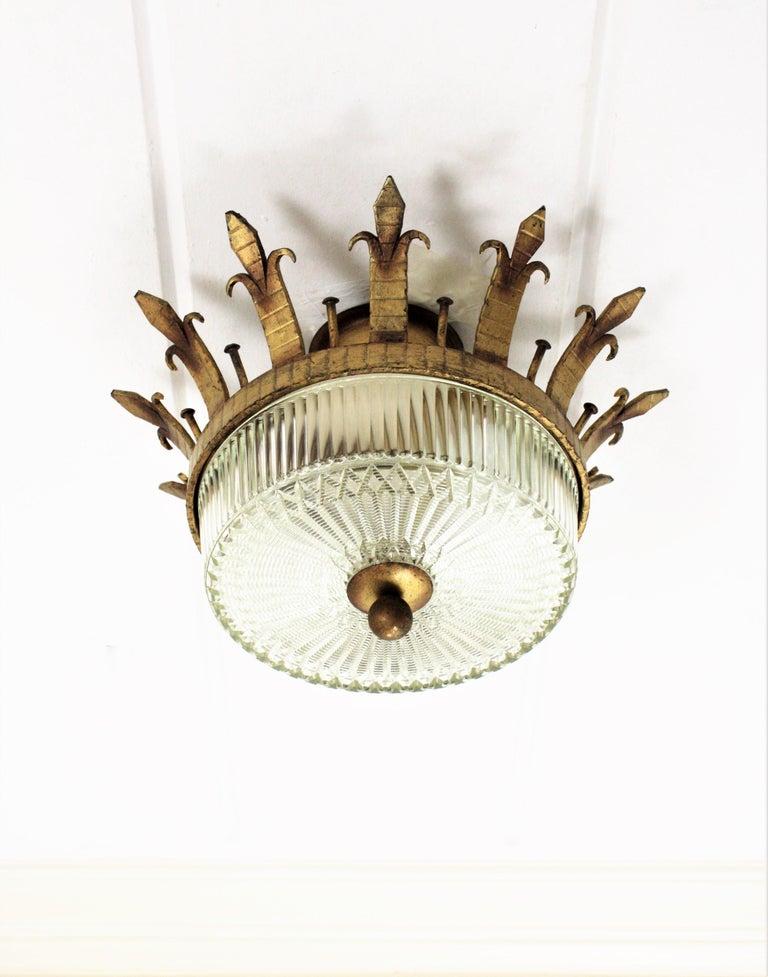 Spanish 1940s Neoclassical Gilt Iron Fluted Glass Flush Mount Ceiling Light For Sale 5