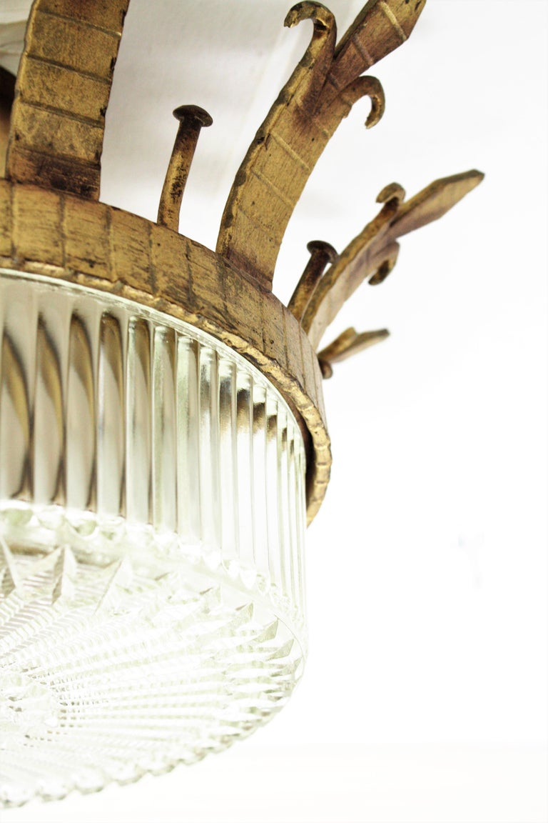 Spanish 1940s Neoclassical Gilt Iron Fluted Glass Flush Mount Ceiling Light For Sale 7