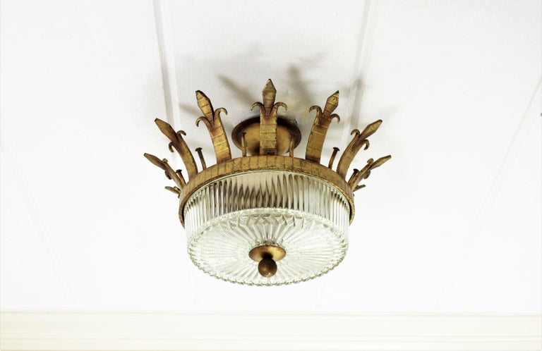 Spanish 1940s Neoclassical Gilt Iron Fluted Glass Flush Mount Ceiling Light In Excellent Condition For Sale In Barcelona, ES