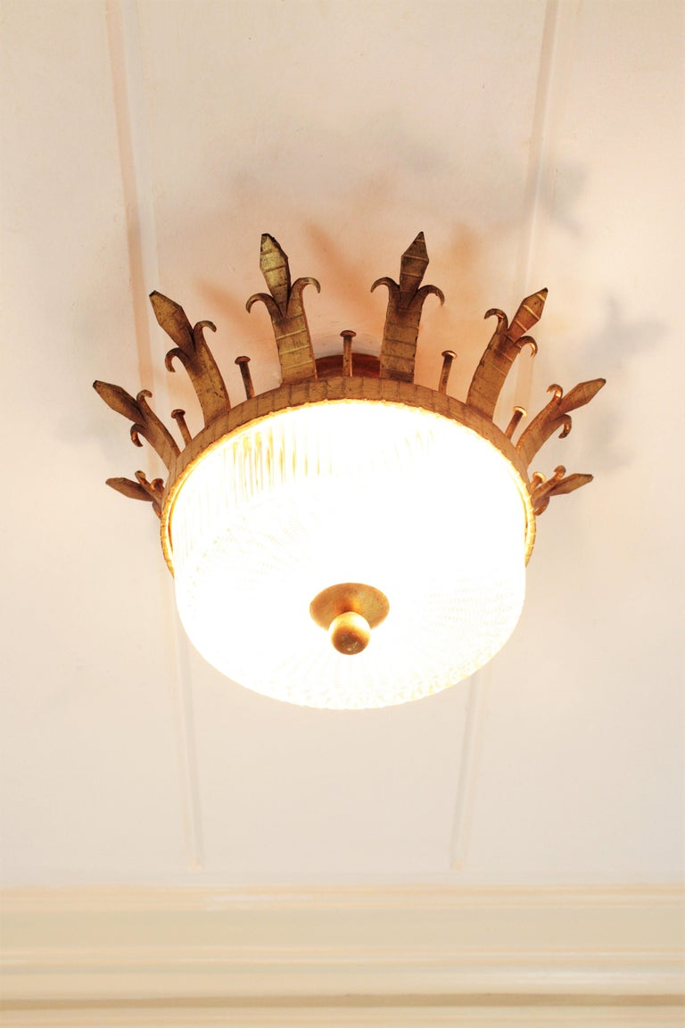 20th Century Spanish 1940s Neoclassical Gilt Iron Fluted Glass Flush Mount Ceiling Light For Sale