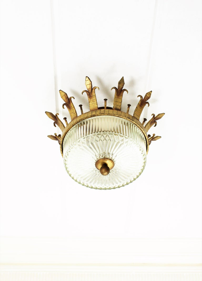 Spanish 1940s Neoclassical Gilt Iron Fluted Glass Flush Mount Ceiling Light For Sale 1