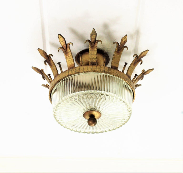 Spanish 1940s Neoclassical Gilt Iron Fluted Glass Flush Mount Ceiling Light For Sale 2