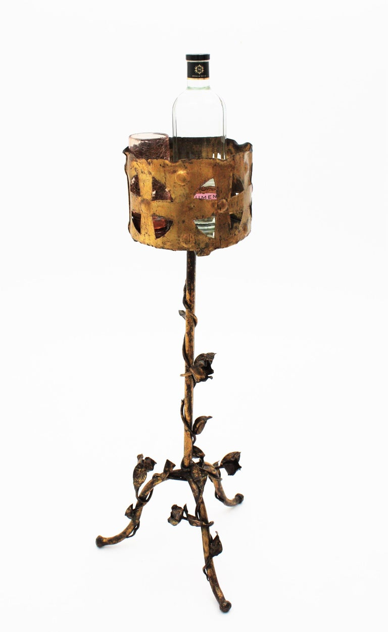 Spanish 1950s Foliate Floral Gilt Iron Bottle Stand or Planter For Sale 5