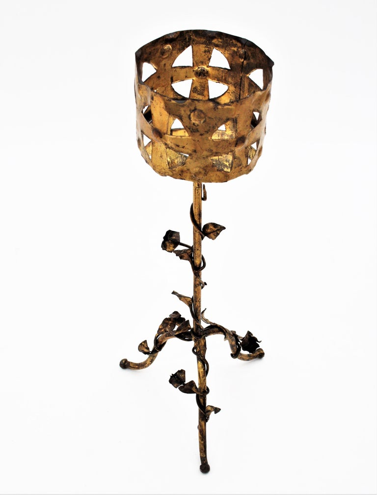 Spanish 1950s Foliate Floral Gilt Iron Bottle Stand or Planter For Sale 7