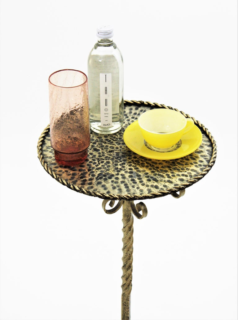 Spanish 1960s Ornate Silvered Iron Pedestal Gueridon Round Side or Drinks Table For Sale 1