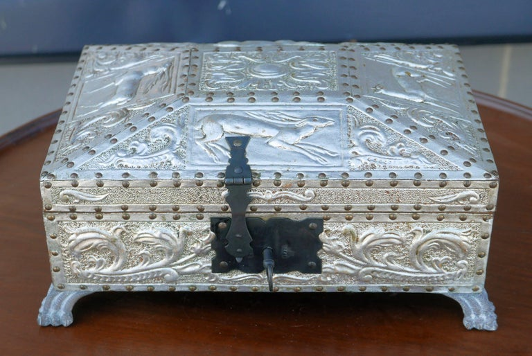 Spanish Art Deco Silver Gilt Tooled Leather Box In Good Condition For Sale In Kilmarnock, VA