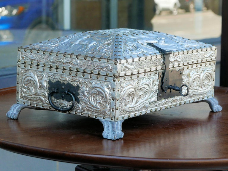 Early 20th Century Spanish Art Deco Silver Gilt Tooled Leather Box For Sale