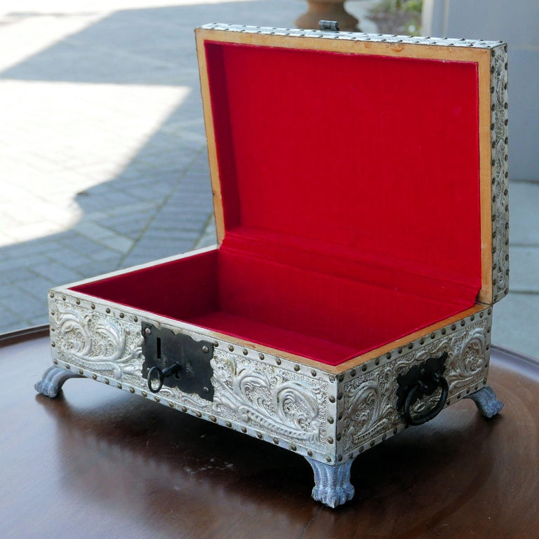 Spanish Art Deco Silver Gilt Tooled Leather Box For Sale 2