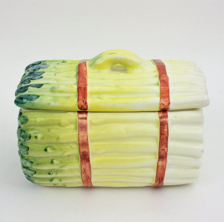 Spanish Asparagus Majolica Ceramic Serving Set, 1960s In Good Condition For Sale In Barcelona, ES